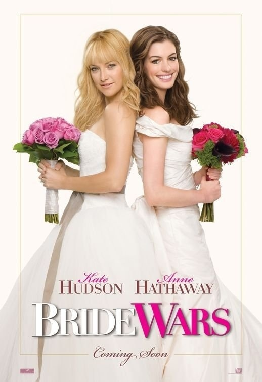 Anne Hathaway & Kate Hudson in Bride Wars